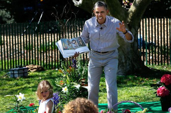 Reading「President And Mrs Obama Host Annual White House Easter Egg Roll」:写真・画像(10)[壁紙.com]