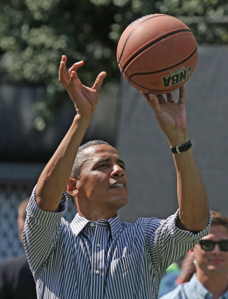バスケットボール「President And Mrs. Obama Host Annual Easter Egg Roll At White House」:写真・画像(1)[壁紙.com]