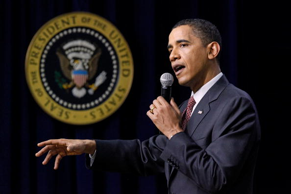 Small Office「Obama Speaks At White House Forum on Jobs and Economic Growth」:写真・画像(0)[壁紙.com]