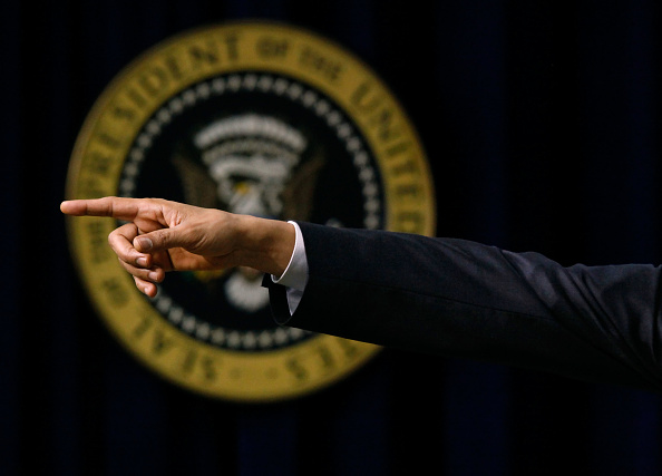 Small Office「Obama Speaks At White House Forum on Jobs and Economic Growth」:写真・画像(1)[壁紙.com]