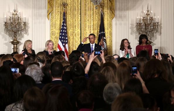 Alex Wong「Obama Speaks At  Women's History Month Reception At White House」:写真・画像(3)[壁紙.com]