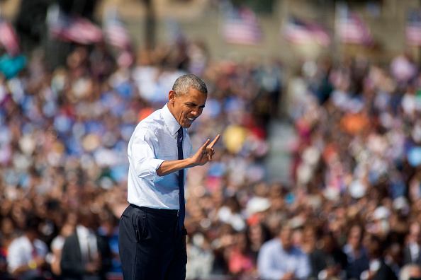 Philadelphia - Pennsylvania「President Obama Campaigns For Hillary Clinton In Philadelphia」:写真・画像(8)[壁紙.com]