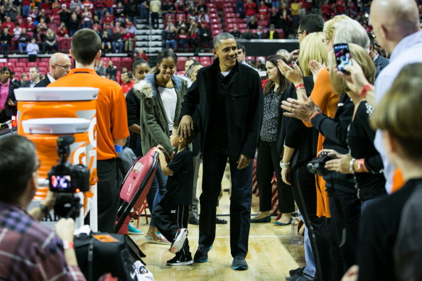 Oregon - US State「The Obama Family Watches U. Maryland v. Oregon State Basketball Game」:写真・画像(15)[壁紙.com]