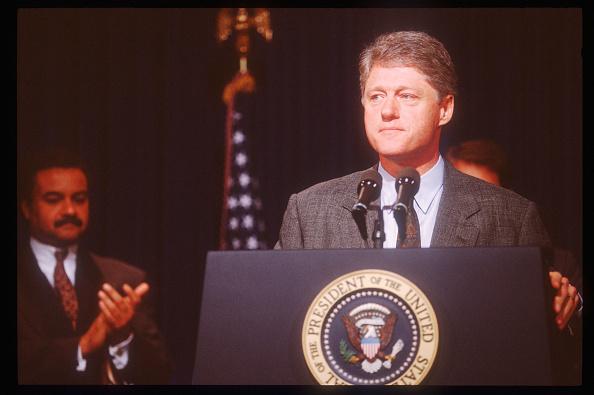 Eisenhower Executive Office Building「President Clinton Announces Forest Policy」:写真・画像(2)[壁紙.com]
