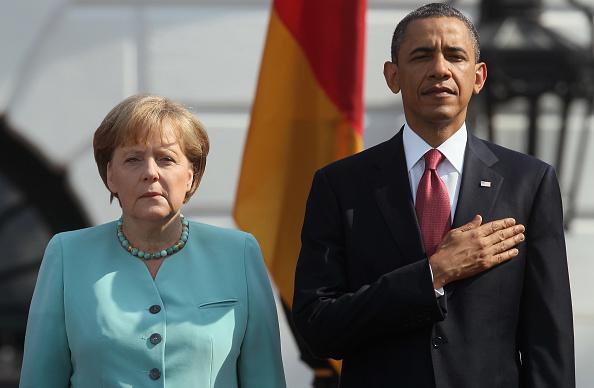 上半身「Obama Hosts German Chancellor Angela Merkel For Official Visit To Washington」:写真・画像(6)[壁紙.com]