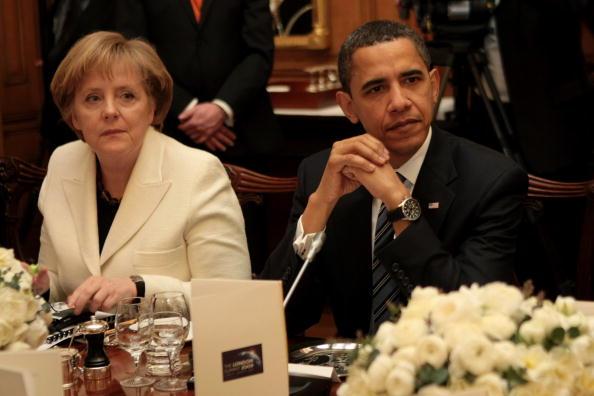 上半身「World Leaders Attend A Downing Street Dinner Ahead Of The G20 Summit」:写真・画像(11)[壁紙.com]