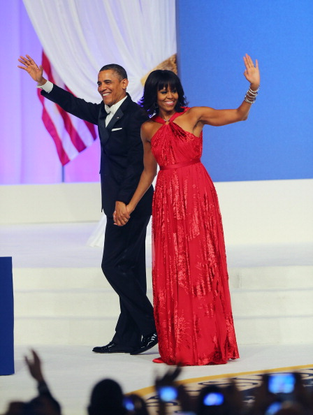 Sleeveless Dress「President Obama And first lady Attend Inaugural Balls」:写真・画像(6)[壁紙.com]