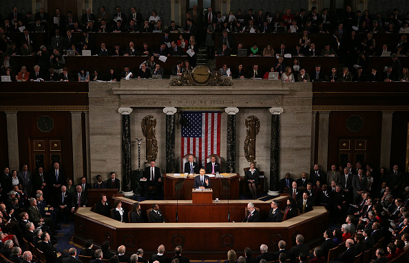 Alex Wong「Obama Delivers State Of The Union Address To Joint Session Of Congress」:写真・画像(6)[壁紙.com]