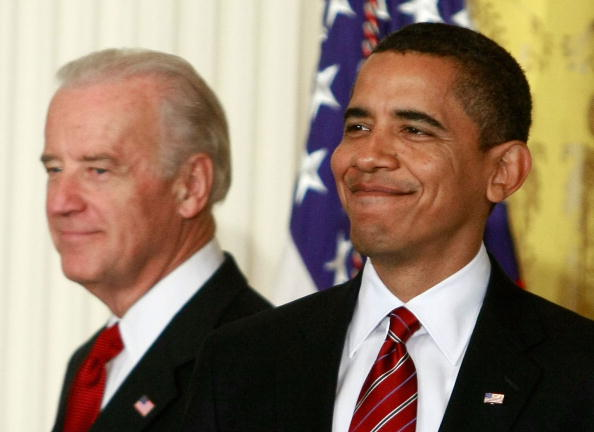 Middle Class「Obama And Biden Discuss Middle Class Working Families Taskforce」:写真・画像(12)[壁紙.com]