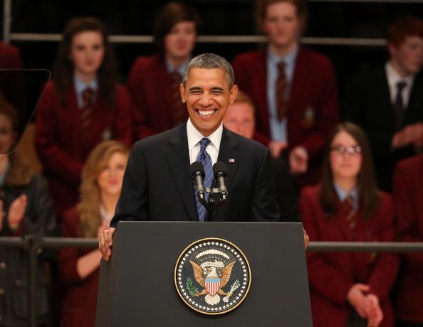 笑顔「US President Barack Obama Visits Belfast」:写真・画像(10)[壁紙.com]