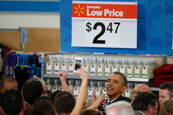 Stephen Lam「President Obama Speaks On Energy Efficiency At Mountain View Walmart」:写真・画像(8)[壁紙.com]