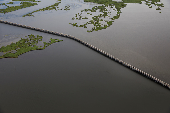 Drew Angerer「Combination Of Rising Sea Levels And Subsiding Land Endanger Louisiana Coast」:写真・画像(19)[壁紙.com]