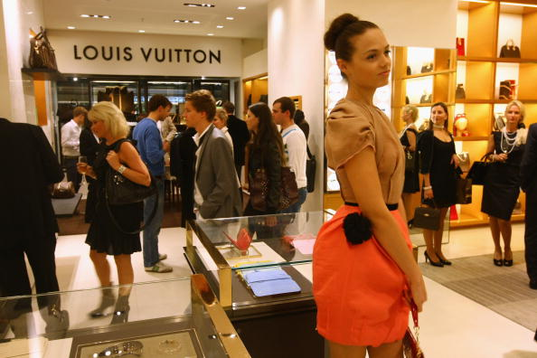 Luxury「Vogue Fashion's Night Out」:写真・画像(1)[壁紙.com]