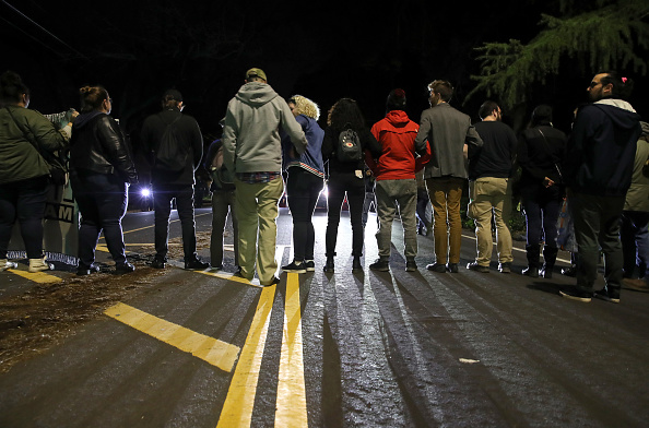 Decisions「Activists Demonstrate In Sacramento Protesting Against Decision Not To Charge The Police Officers In Stephon Clark Shooting」:写真・画像(19)[壁紙.com]