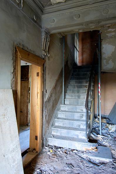 Blank「Inside a derelict house」:写真・画像(17)[壁紙.com]
