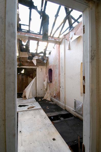 Blank「Inside a derelict house」:写真・画像(16)[壁紙.com]