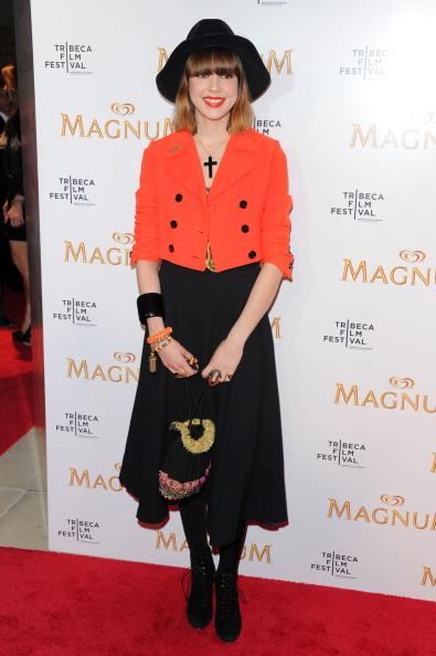 Cross Shape「Karl Lagerfeld & Rachel Bilson Debut The Original Film Series Inspired By Magnum Ice Cream At The 2011 Tribeca Film Festival」:写真・画像(17)[壁紙.com]