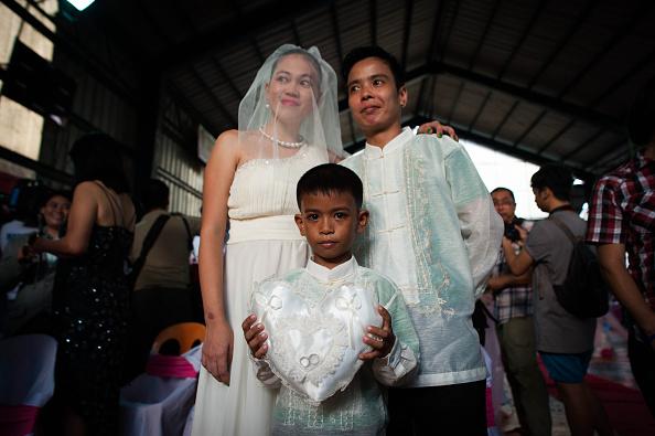 Middle Class「Mass LGBT Wedding Held In Manila」:写真・画像(17)[壁紙.com]