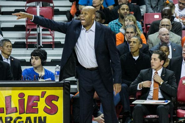 Oregon - US State「The Obama Family Watches U. Maryland v. Oregon State Basketball Game」:写真・画像(12)[壁紙.com]