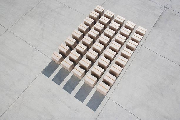 Lines of boxes:スマホ壁紙(壁紙.com)