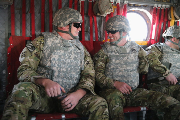 Daniel Gi「Wounded Soldiers Visit Afghanistan with Operation Proper Exit」:写真・画像(3)[壁紙.com]