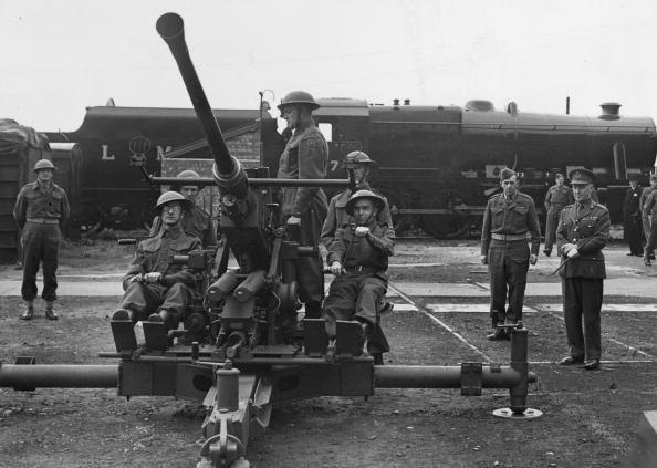 Fred Morley「Bofors Gun」:写真・画像(12)[壁紙.com]