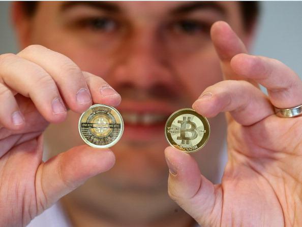 Bitcoin「Utah Software Engineer Mints Physical Bitcoins」:写真・画像(15)[壁紙.com]