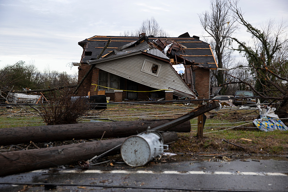 Tennessee「Nineteen Dead As Tornadoes Roar Across Tennessee, Including Nashville」:写真・画像(12)[壁紙.com]