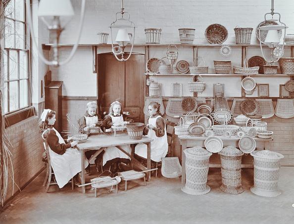 Edwardian Style「Basketry Workshop At Elm Lodge Residential School For Elder Blind Girls, London, 1908」:写真・画像(4)[壁紙.com]