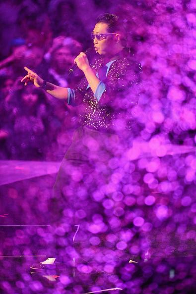 Ian Gavan「MTV EMA's 2012 - Show」:写真・画像(6)[壁紙.com]