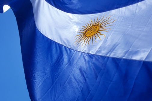 Argentinian Culture「Argentine flag, Plaza de Mayo, Buenos Aires, Argentina」:スマホ壁紙(8)