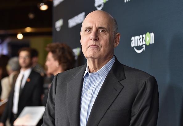 "Transparent「Premiere Of Amazon's ""Transparent"" Season 2 - Red Carpet」:写真・画像(3)[壁紙.com]"
