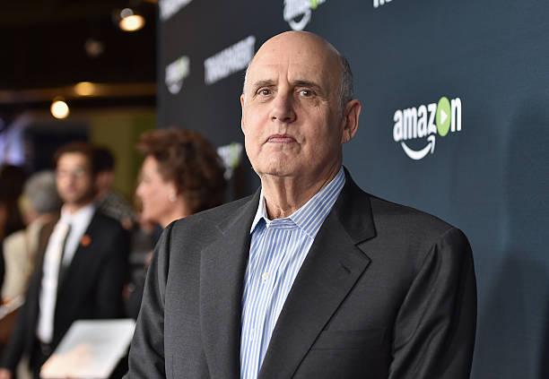 "Premiere Of Amazon's ""Transparent"" Season 2 - Red Carpet:ニュース(壁紙.com)"