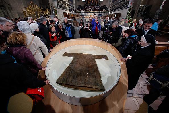 Trier「Pilgrimage of the Holy Robe In Trier」:写真・画像(10)[壁紙.com]