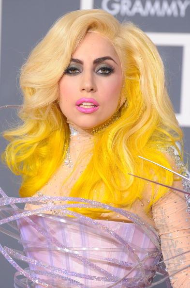 52nd Grammy Awards「52nd Annual GRAMMY Awards - Arrivals」:写真・画像(5)[壁紙.com]