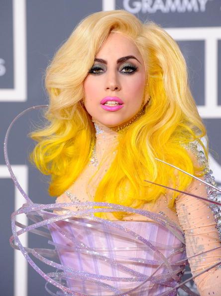 52nd Grammy Awards「The 52nd Annual GRAMMY Awards - Arrivals」:写真・画像(10)[壁紙.com]
