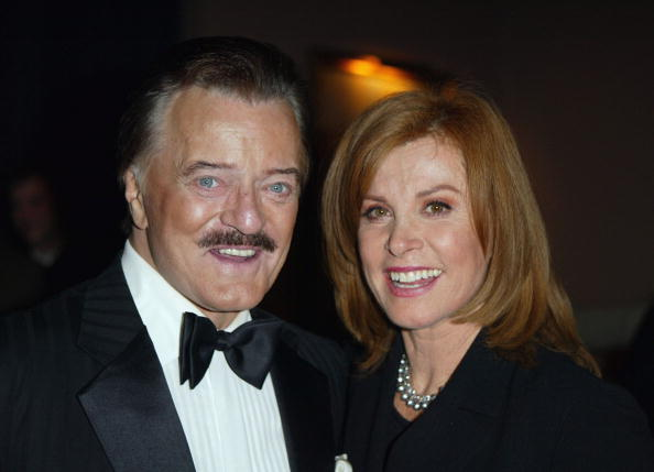 Animal Wildlife「Stefanie Powers And Robert Goulet」:写真・画像(13)[壁紙.com]