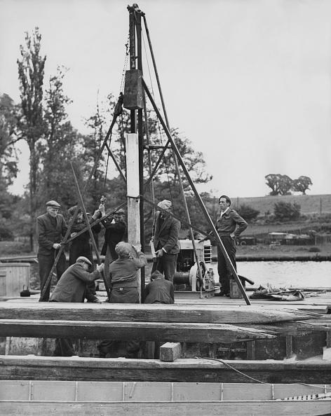 Fred Morley「Preparations For The Henley Regatta」:写真・画像(18)[壁紙.com]