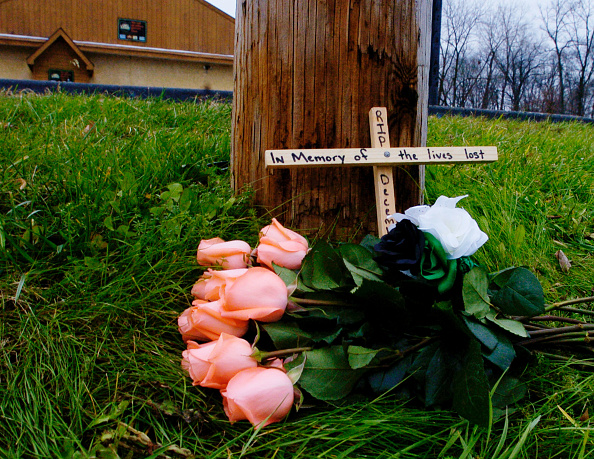 Resting「Heavy Metal Guitarist, Four Others Shot And Killed」:写真・画像(19)[壁紙.com]