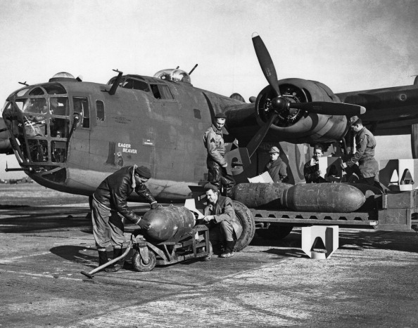 Air Force「Liberator Loading」:写真・画像(14)[壁紙.com]