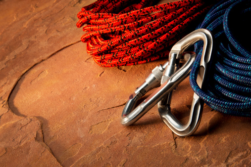 Rock Climbing「Carabiner Clip and Climbing Rope on Red Rock」:スマホ壁紙(16)