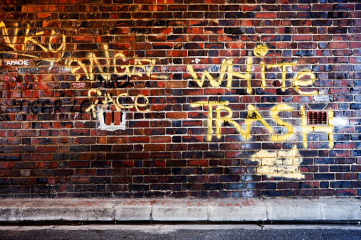 Brick Wall「White trash graffiti」:スマホ壁紙(3)