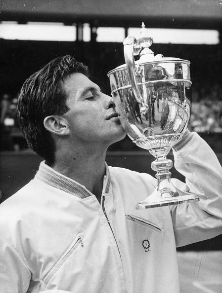 Douglas Miller「Kissing The Cup」:写真・画像(19)[壁紙.com]