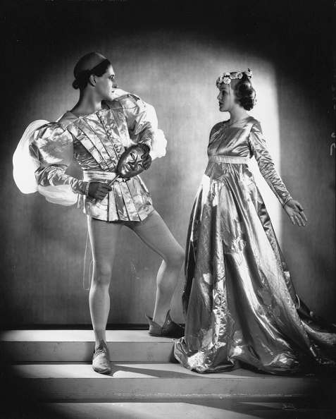 ステージ「Ivor And Joan」:写真・画像(13)[壁紙.com]