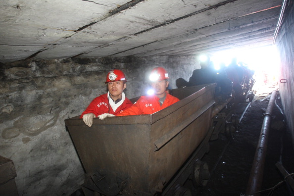Trapped「26 Trapped In Flooded Coal Mine」:写真・画像(17)[壁紙.com]