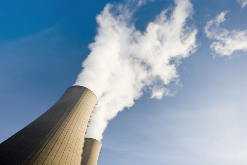Slanted「Tilt Shot of Two Steaming Cooling Towers with blue sky」:スマホ壁紙(12)
