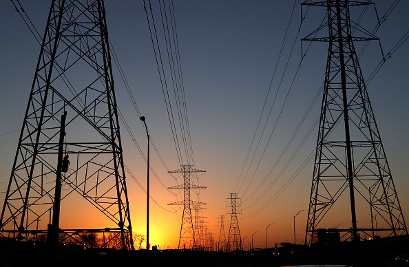 Communication「Texas Struggles With Unprecedented Cold And Power Outages」:写真・画像(2)[壁紙.com]
