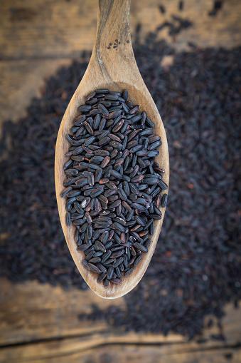 Basmati Rice「Black organic basmati rice on spoon」:スマホ壁紙(13)