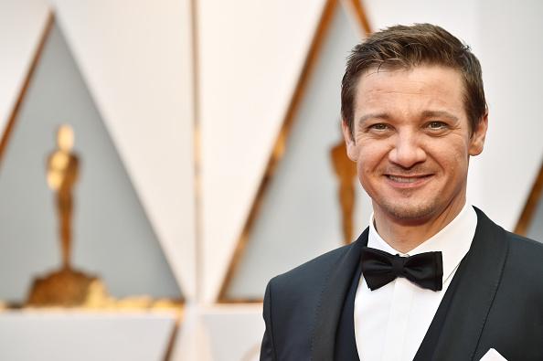 Jeremy Renner「89th Annual Academy Awards - Arrivals」:写真・画像(19)[壁紙.com]