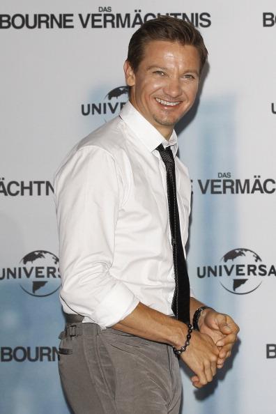 White Shirt「'Das Bourne Vermaechtnis' Photocall」:写真・画像(12)[壁紙.com]